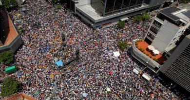 Oposición venezolana marchará para exigir entrada de ayuda humanitaria